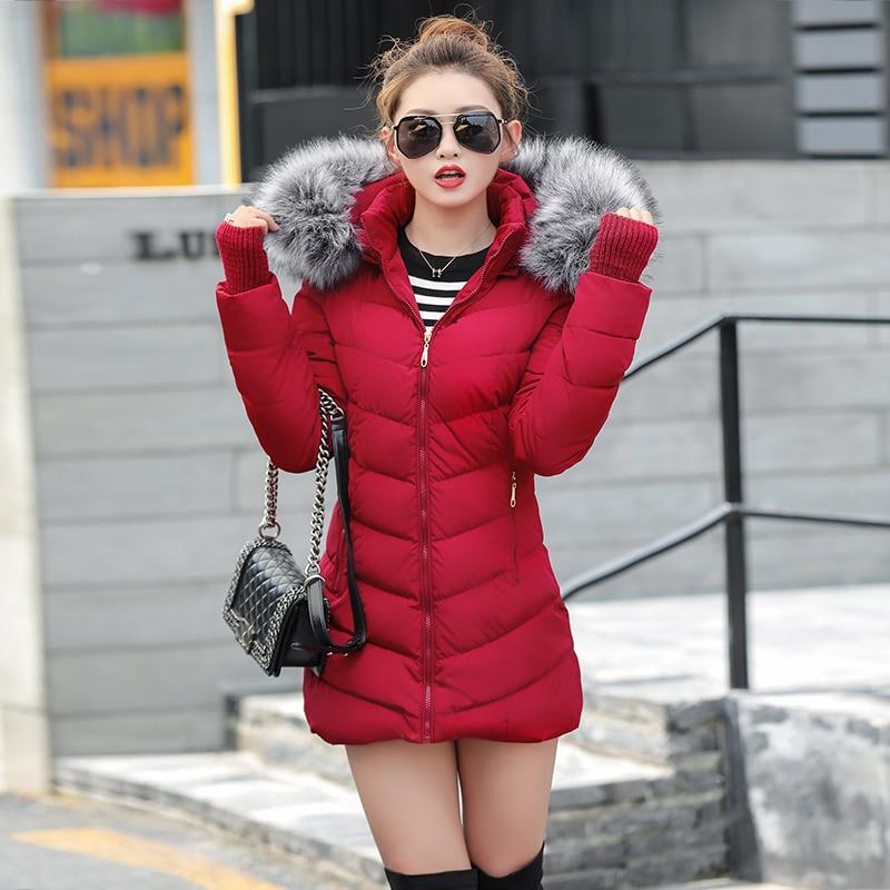 2020 artificielle fourrure de raton laveur col hiver veste femmes hiver et automne porter de haute qualité Parkas Outwear femmes longs manteaux